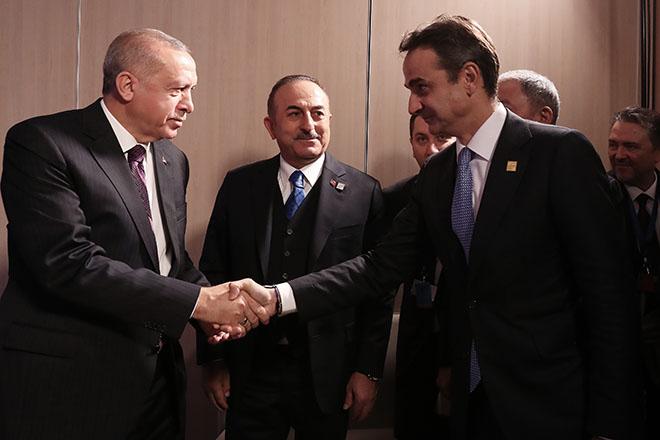 «Ο Ερντογάν αρνήθηκε να καθίσει στο ίδιο τραπέζι με τον Μητσοτάκη»