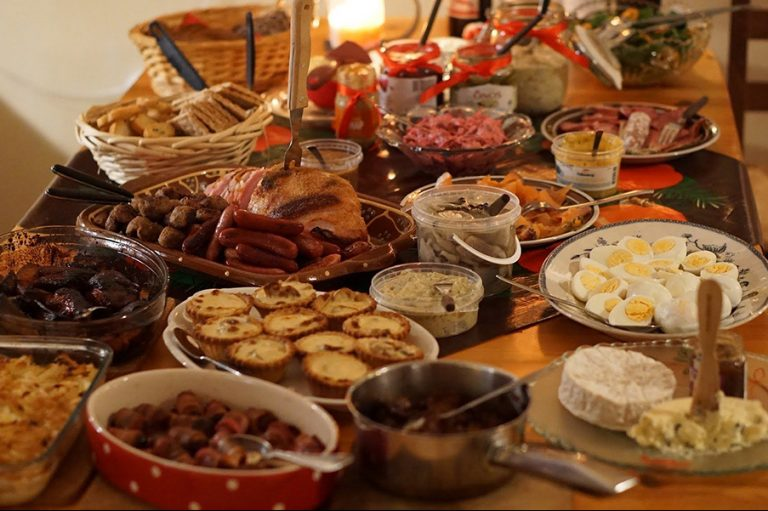 Τι πρέπει να γνωρίζετε για τις αγορές τροφίμων την περίοδο των Χριστουγέννων