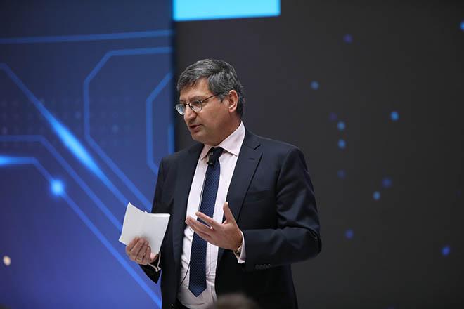 Η Εθνική Τράπεζα «κλείνει το μάτι» στην ψηφιακή εποχή