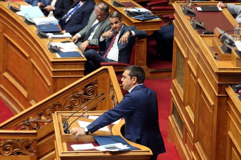 Έρχεται μεγάλη πολιτική μονομαχία Τσίπρα – Μητσοτάκη στη βουλή για τον Πρόεδρο της Δημοκρατίας