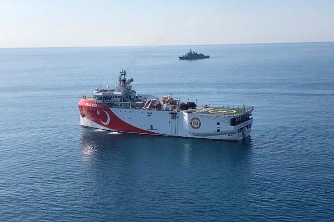 Oruc Reis: Αποχωρεί προς τα τουρκικά παράλια – Δεν ανανέωσε τη NAVTEX η Τουρκία
