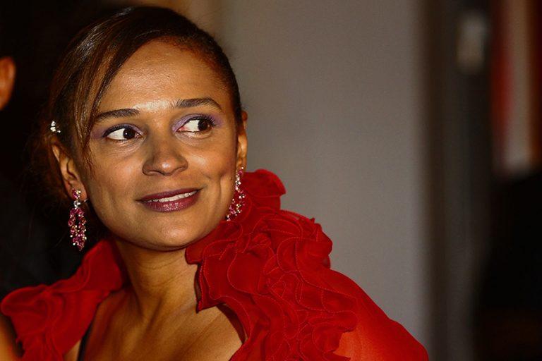 Πώς η πλουσιότερη γυναίκα της Αφρικής έχτισε περιουσία κατακλέβοντας την χώρα της