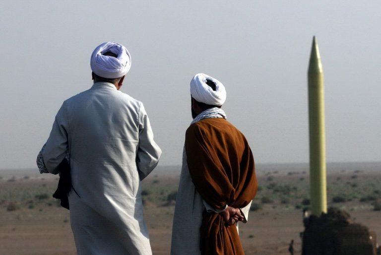 Επίθεση με βαλλιστικούς πυραύλους από τον στρατό του Ιράν σε βάσεις των ΗΠΑ στο Ιράκ