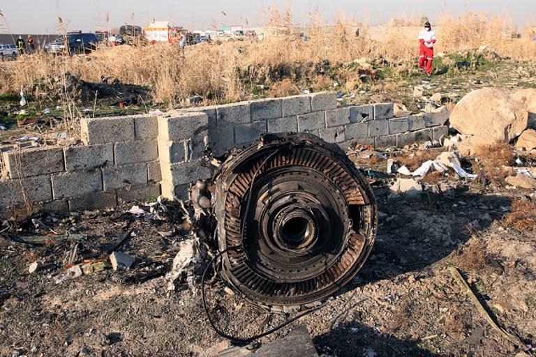 Σενάριο συντριβής του ουκρανικού Boeing στο Ιράν από πύραυλο εξετάζουν οι ΗΠΑ