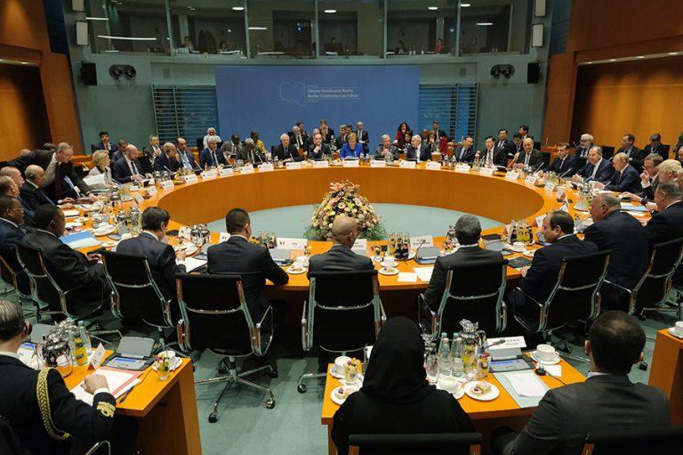 Die Welt: Ζημιώνονται Ελλάδα και Κύπρος στην κρίση της Λιβύης