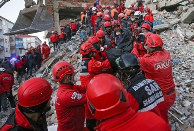 Τουρκία: Στους 35 οι νεκροί – Πάνω από 1.500 οι τραυματίες