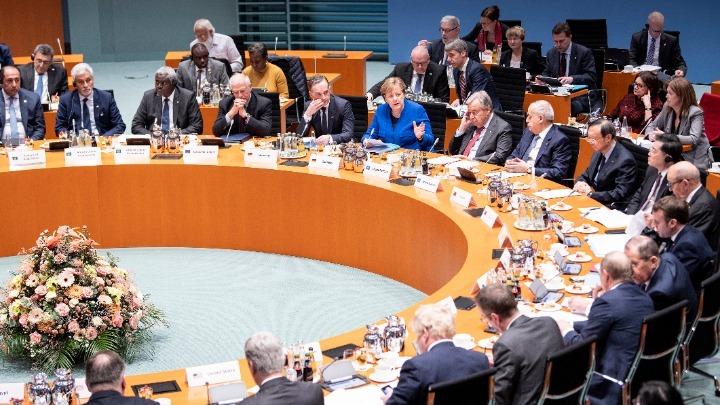 Λιβύη: «Λευκός καπνός» στη Διάσκεψη του Βερολίνου – Συμφωνία κατάπαυσης του πυρός και τήρησης του εμπάργκο όπλων