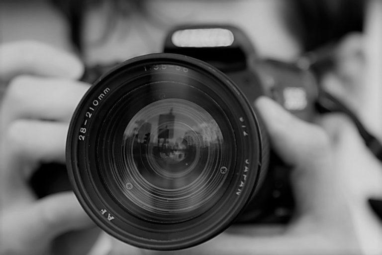 Δέκα περιπτώσεις δημοσιογράφων που απαιτείται να αποδοθεί δικαιοσύνη