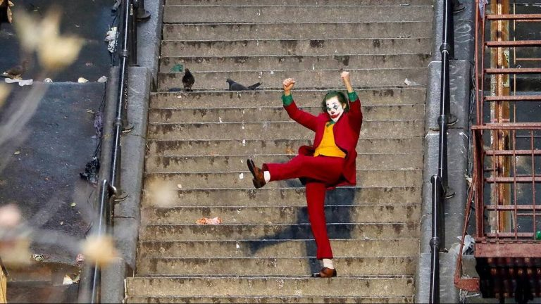 Ο Joker στα σκαλιά: Κάποιος τράβηξε τη θρυλική σκηνή την ώρα που γυριζόταν