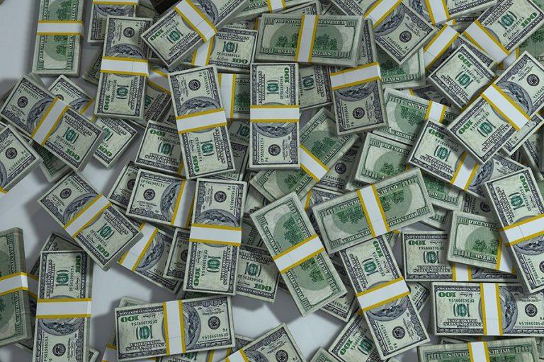 Τα χειρότερα πράγματα που μπορείτε να κάνετε αν γίνετε πλούσιοι