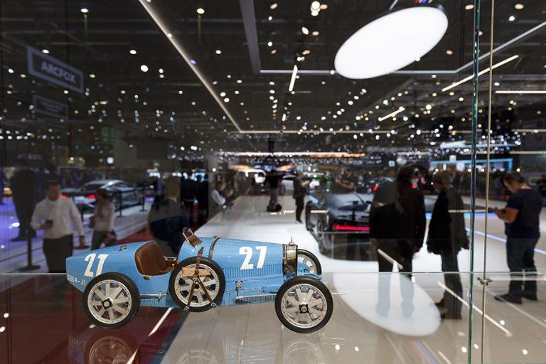 Μεγάλες χαμένες οι αυτοκινητοβιομηχανίες μετά την ακύρωση της έκθεσης της Γενεύης
