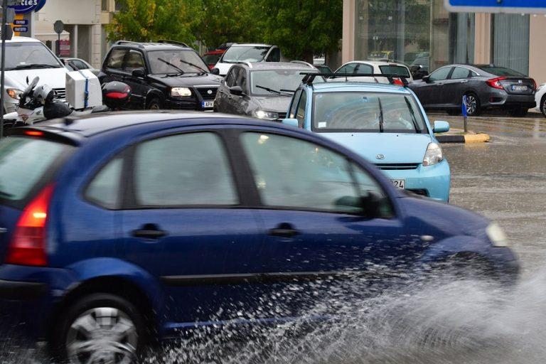 Βροχές και καταιγίδες τα χαρακτηριστικά του καιρού σήμερα- Σε ποιες περιοχές θα εκδηλωθούν