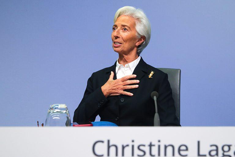 Λαγκάρντ: Η ΕΚΤ πρέπει να διατηρήσει το «δίχτυ ασφαλείας» ως τον Ιούνιο του 2021