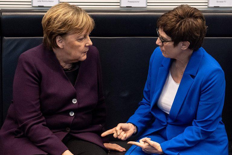 Ανεγκρέτ Κραμπ-Καρενμπάουερ: Το χαμένο στοίχημα της «μίνι Μέρκελ»