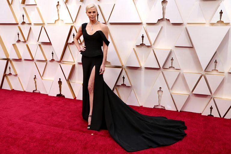 Oscars 2020: Δείτε όλες τις εμφανίσεις των celebrities στο κόκκινο χαλί των βραβείων