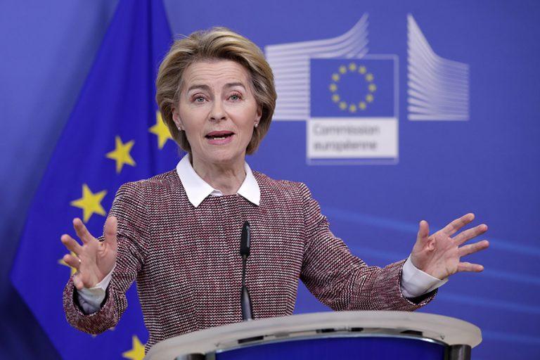 Πώς σχεδιάζει η ΕΕ να περάσει «χαλινάρι» στους αμερικανικούς τεχνολογικούς κολοσσούς