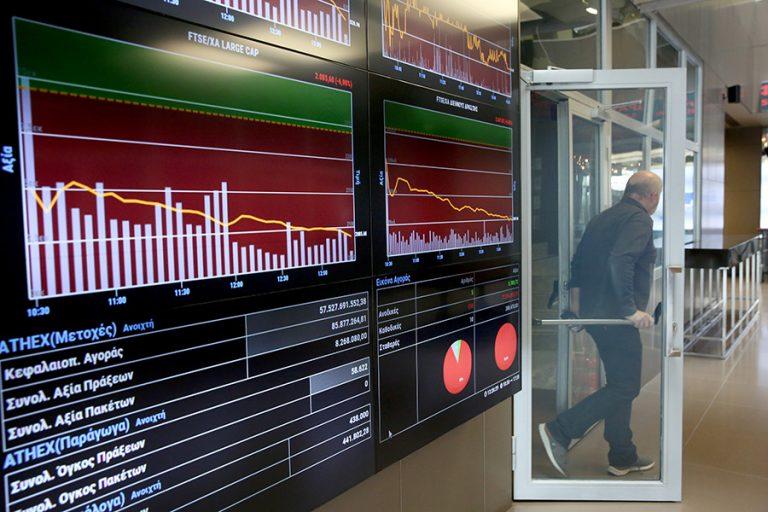 Σφυροκόπημα στις τραπεζικές μετοχές και μεγάλη πτώση στο Χρηματιστήριο
