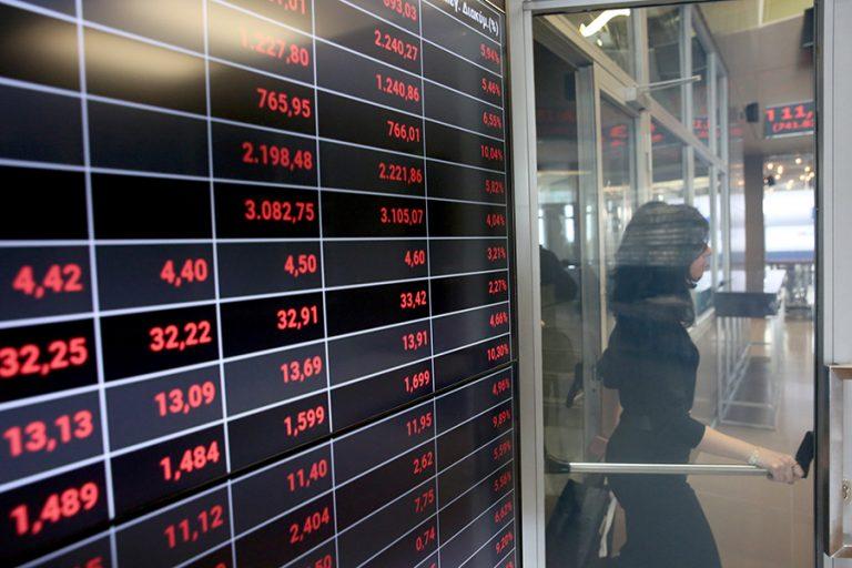 Μεγάλες απώλειες στο Χρηματιστήριο στο άνοιγμα μετά την πολύωρη καθυστέρηση