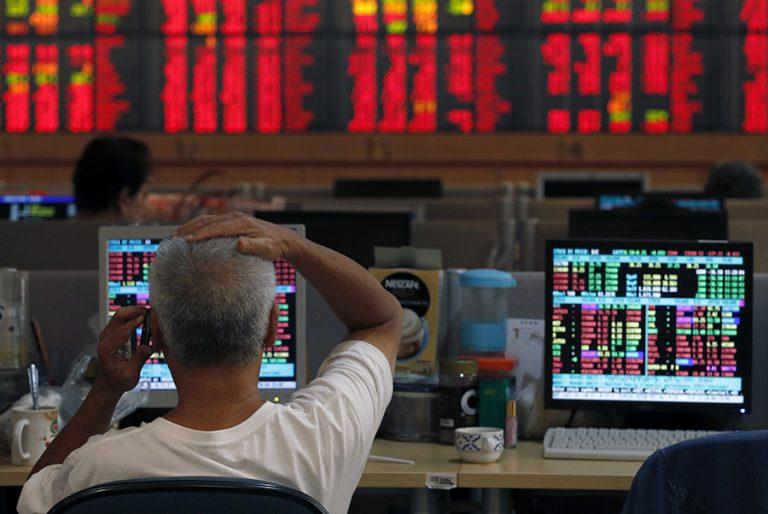 «Τριγμοί» στην παγκόσμια οικονομία λόγω κορωνοϊού- Απώλειες σε Wall Street και Τόκιο