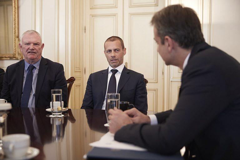 Τι προβλέπει το μνημόνιο της κυβέρνησης με FIFA και UEFA για το ελληνικό ποδόσφαιρο