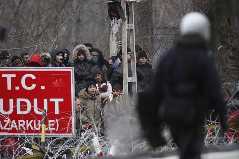Η Τουρκία προκαλεί με πυροβολισμούς στον Έβρο- Στις Βρυξέλλες το θέμα