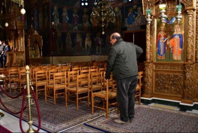 Άνοιξαν για ατομική προσευχή οι εκκλησίες