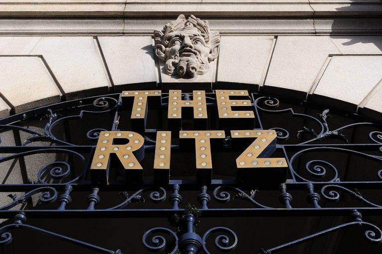 Πωλήθηκε το εμβληματικό ξενοδοχείο Ritz σε επενδυτή από το Κατάρ