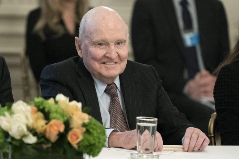 Πέθανε ο άνθρωπος που έστειλε στα ουράνια την General Electric