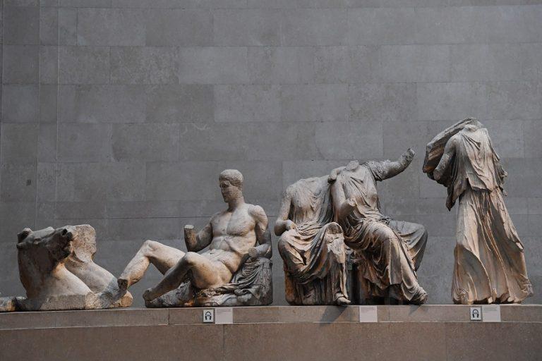 Βρετανικό Μουσείο: Οι Έλληνες θα έπρεπε να χαίρονται που έχουμε τα Γλυπτά – Μενδώνη: Απαράδεκτες οι δηλώσεις