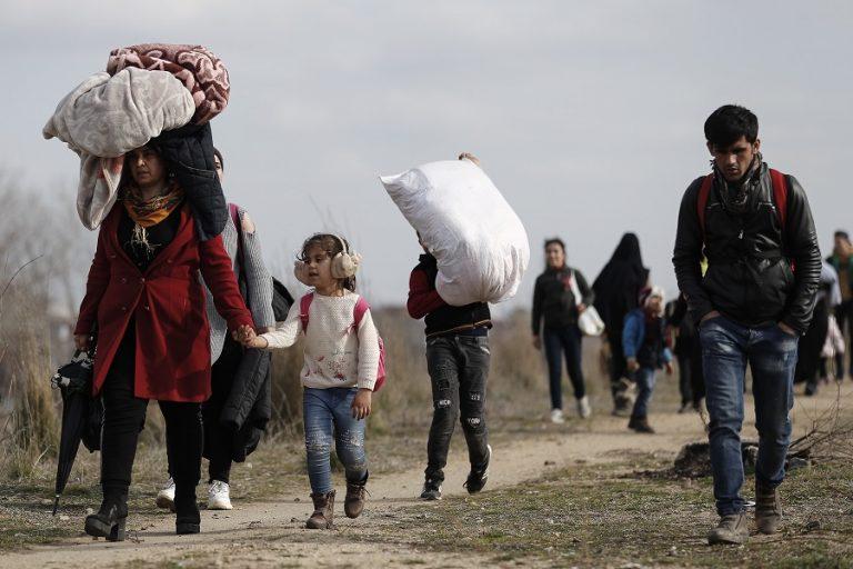 Μεταναστευτικό: Η Αυστρία θα στηρίξει «με προσωπικό και χρήματα» την Ελλάδα και άλλες βαλκανικές χώρες