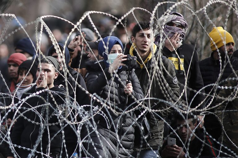 Στήνει καταυλισμούς στα σύνορα η Τουρκία- Το νέο σχέδιο της Άγκυρας