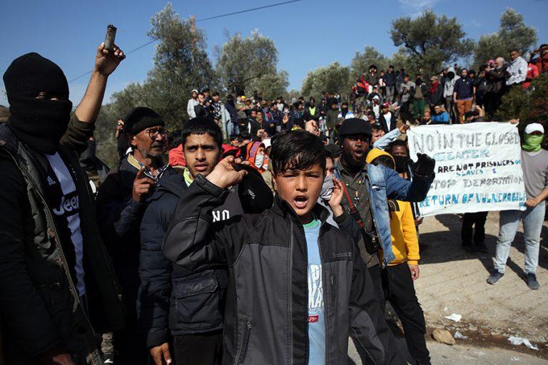 Το Βερολίνο θα δεχτεί 80 με 100 ασυνόδευτα προσφυγόπουλα από Ελλάδα