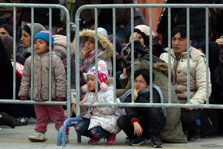 Οι 27 της ΕΕ «απορρίπτουν κατηγορηματικά» τον εκβιασμό της Τουρκίας στο μεταναστευτικό