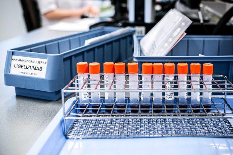 Οι ΗΠΑ δίνουν το πράσινο φως σε νέο, δέκα φορές πιο γρήγορο τεστ διάγνωσης κορωνοϊού