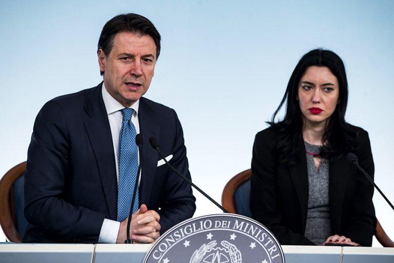 Η Ιταλία προειδοποιεί μέσω του πρωθυπουργού της: «Κίνδυνος διάλυσης της Ευρωζώνης»