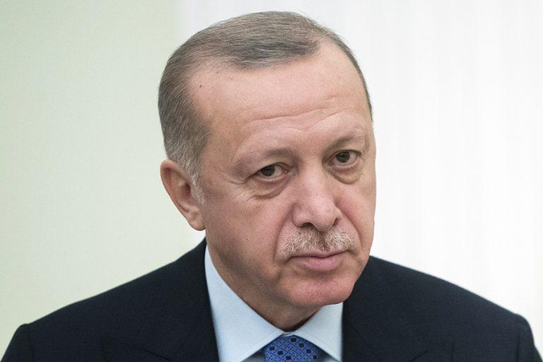 Χωρίς δηλώσεις αποχώρησε ο Ερντογάν – Για εποικοδομητική συνάντηση κάνει λόγο η Ε.Ε.