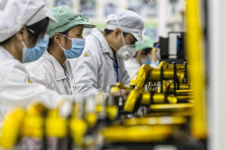 Κινέζοι σχεδιαστές προτείνουν προϊόντα για τη προστασία από τον κορονοϊό