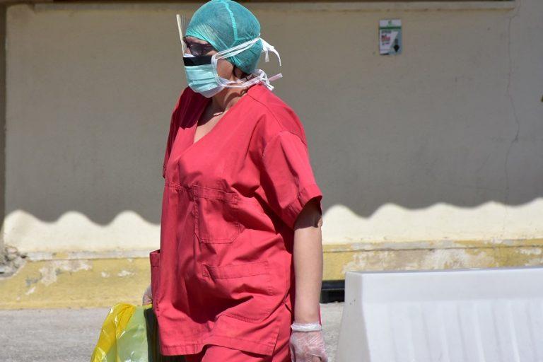 Στους 302 οι θάνατοι από κορωνοϊό- Κατέληξαν δύο ηλικιωμένοι σε λίγες ώρες