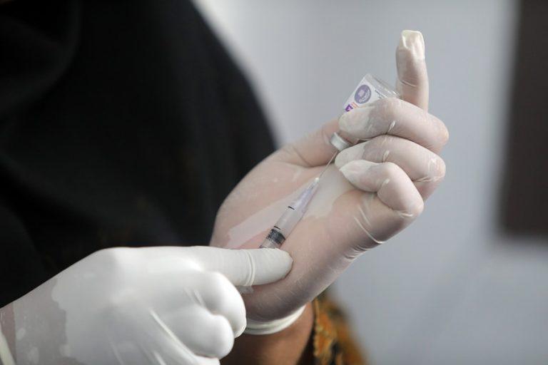 H Abbott αρχίζει τη διάθεση τεστ ανίχνευσης κορωνοϊού σε 5 λεπτά
