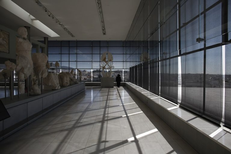 Ανοίγουν και πάλι τα μουσεία αύριο – Οι κανόνες για τους επισκέπτες και η «επόμενη μέρα»