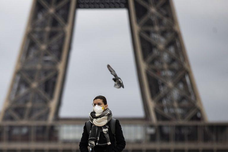 Ο διεθνής «πόλεμος» της μάσκας