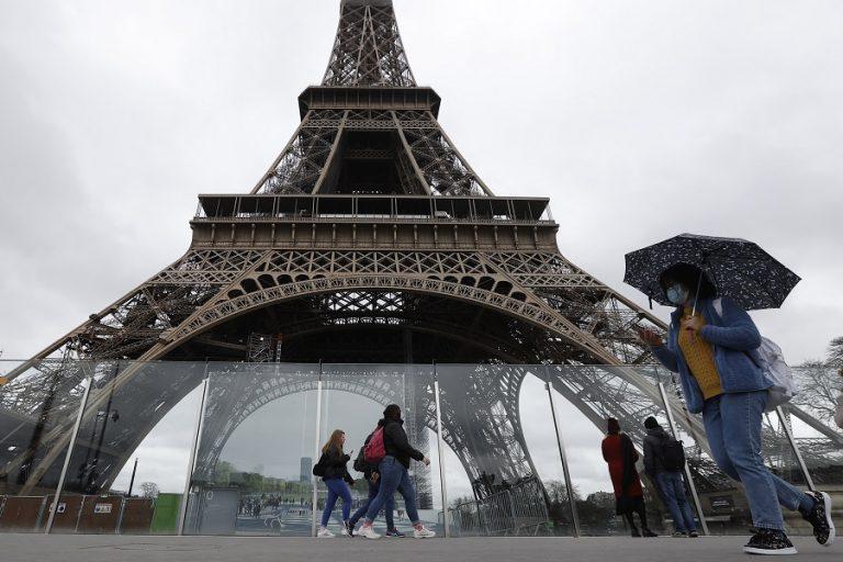 Lockdown στη Γαλλία ανακοίνωσε ο Μακρόν