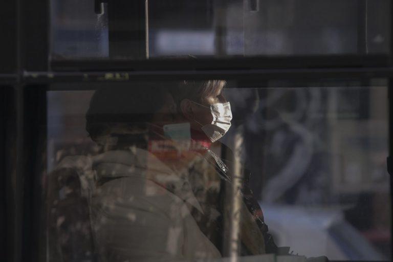 Δημοσκόπηση: Πώς αξιολογούν οι Έλληνες τα μέτρα κατά του κορωνοϊού- Πώς βλέπουν την επόμενη μέρα