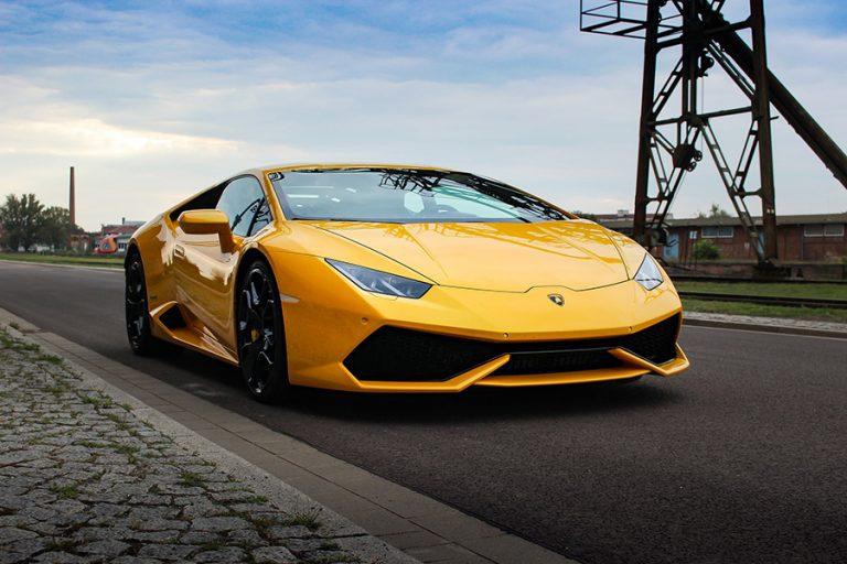 Ο κορωνοϊός κλείνει το εργοστάσιο της Lamborghini