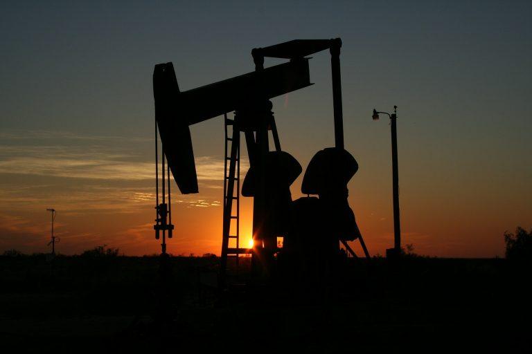 Βουλιάζει σε χαμηλό 20ετίας το πετρέλαιο Brent- Δυσοίωνες οι προβλέψεις