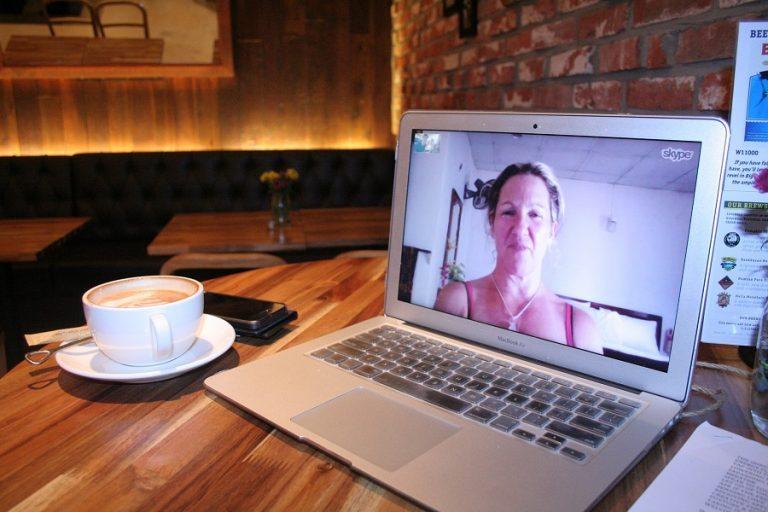 «Δεύτερος εαυτός μας» το Skype – Εκτοξεύτηκε η χρήση του λόγω της παγκόσμιας καραντίνας