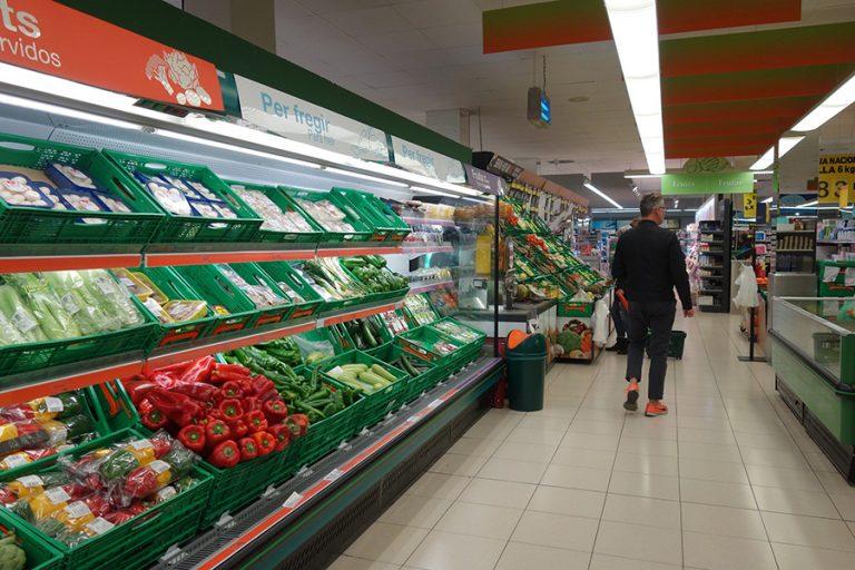 Υπουργείο Ανάπτυξης: Δεν υπάρχει λόγος για υπερβολικές αγορές τροφίμων