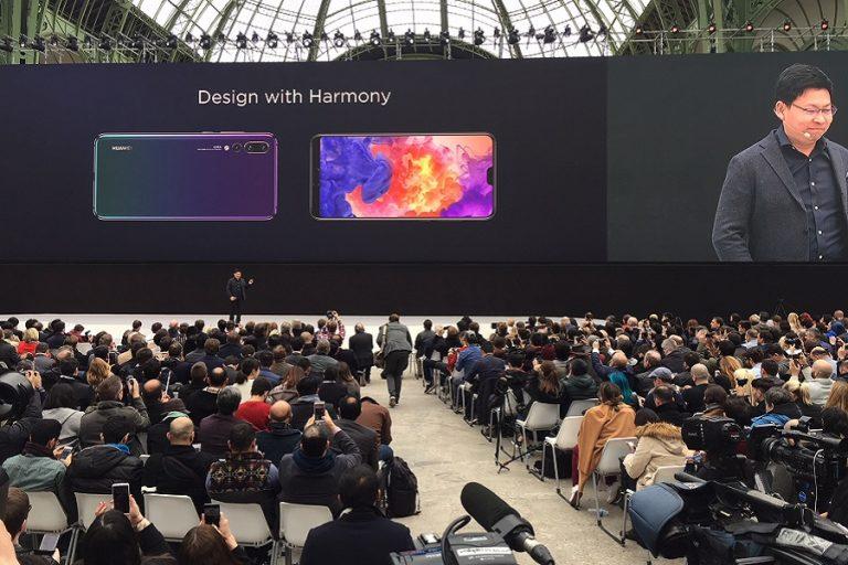 Η Huawei προσφέρει δωρεάν εξυπηρέτηση πόρτα-πόρτα και επέκταση εγγύησης των προϊόντων της