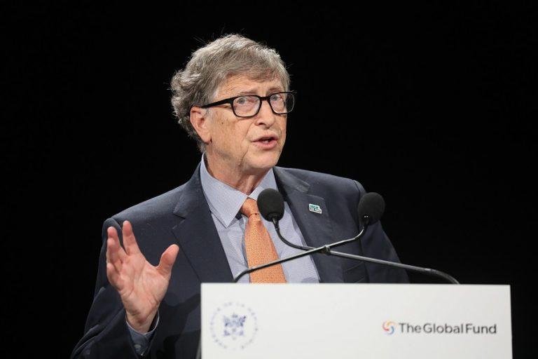 Μπιλ Γκειτς: Πιθανότατα να έχουμε εμβόλιο για τον κορωνοϊό έως τις αρχές του 2021