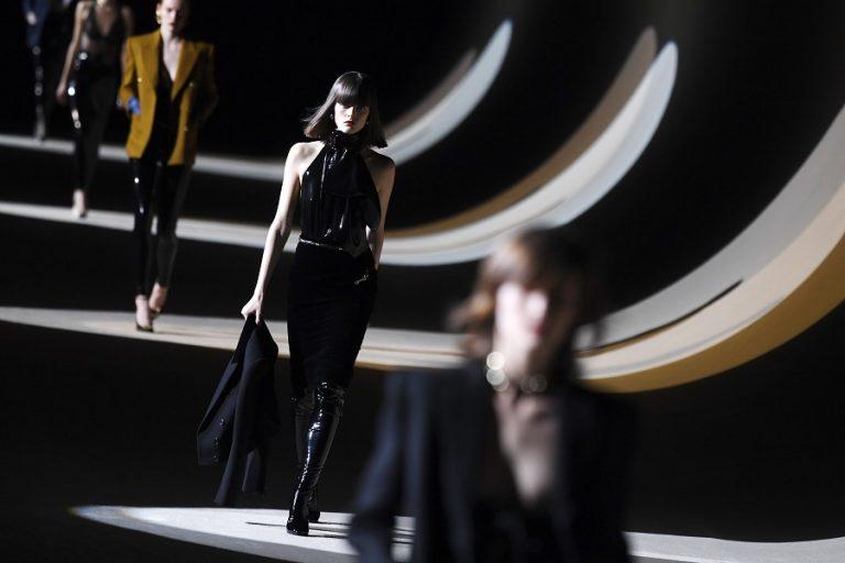 Ο οίκος Saint Laurent ακυρώνει τη συμμετοχή του στην Εβδομάδα Μόδας του Παρισιού